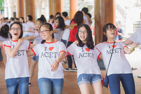 trung-tam-luyen-thi-ielts-chat-luong-cao-ACET-600x400
